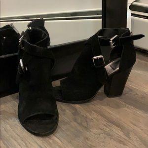 Dolce Vita peep-toe heels